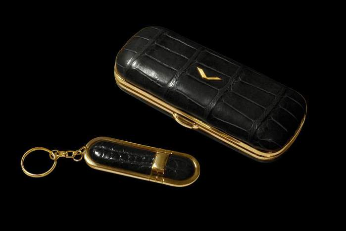 MJ Extreme Luxury Case for Mobile Phone - Exotic Leather Crocodile Skin with USB Flash Drive - Black with Gold 999 Luxury Things (700x466, 17Kb)