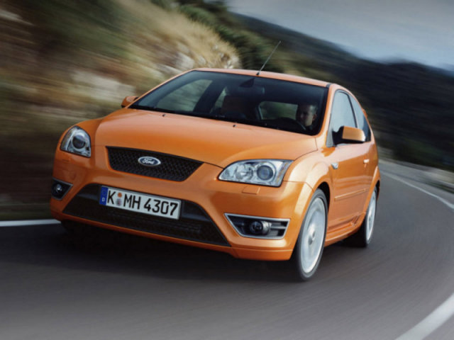 3085196_Ford_Focus_Focus_2_5_20V_Turbo_ST_20049999_1_ (640x480, 56Kb)