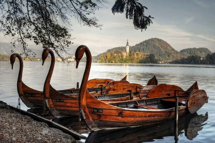 фото лодок на озере
