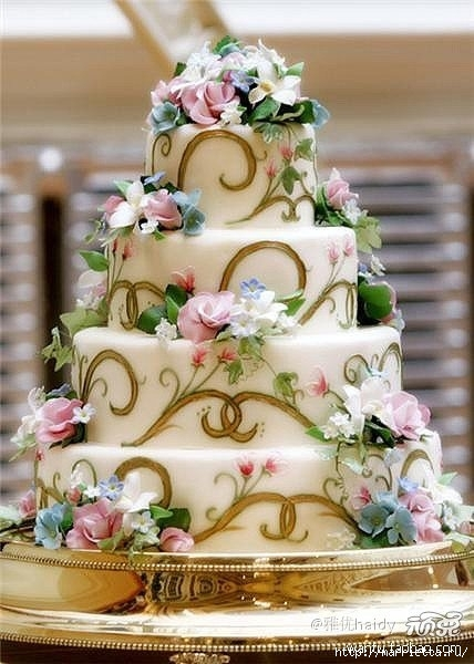 Самый красивый свадебный торт (17) (428x600, 158Kb)