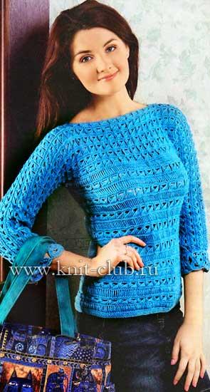Женский пуловер связан спицами