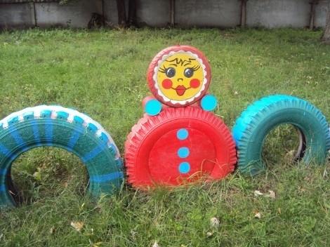 Матрешки, неваляшки.  Смотрим идеи дальше, учимся и вдохновляемся.  Фигуры из шин для детской площадки, дачи...