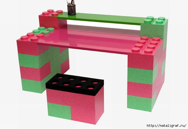 4045361_lego_study_table_rcoor (600x411, 67Kb)