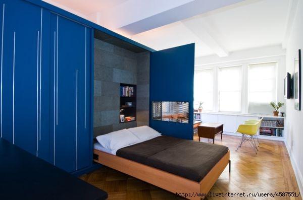 Bedroom small space solutions