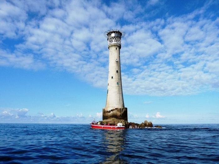 маяк на острове бишоп (700x524, 352Kb)
