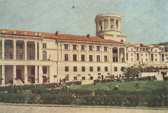 Послевоенный Севастополь 50-х годов/2822077_Poslevoennii_Sevastopol_50h_godov_4 (700x471, 176Kb)