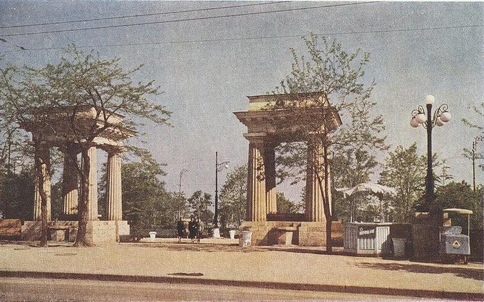 Послевоенный Севастополь 50-х годов/2822077_Poslevoennii_Sevastopol_50h_godov_9 (700x437, 167Kb)