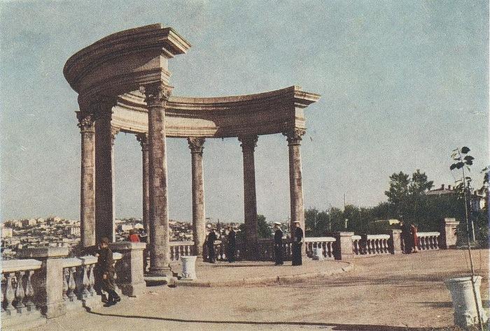 Послевоенный Севастополь 50-х годов/2822077_Poslevoennii_Sevastopol_50h_godov_14 (700x474, 163Kb)