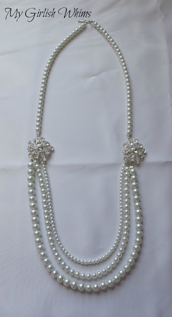 ...длины жемчужные нити и разного размера бусины, то очень просто можно сделать красивое украшение - длинные бусы.