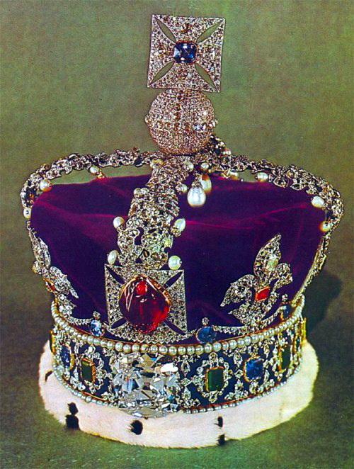 Знаменитый «Рубин Черного Принца» в английской короне (500x662, 155Kb)