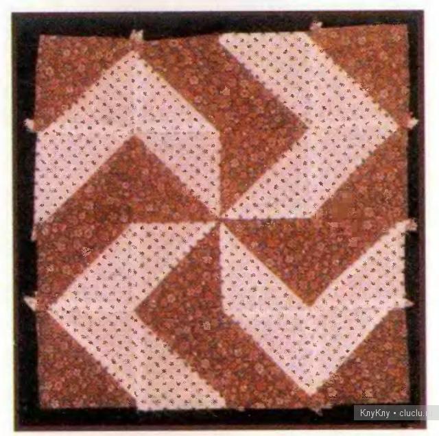 Узор для квилтинга - схемы для лоскутного шитья Потребуется 2 различные ткани контрастных цветов.