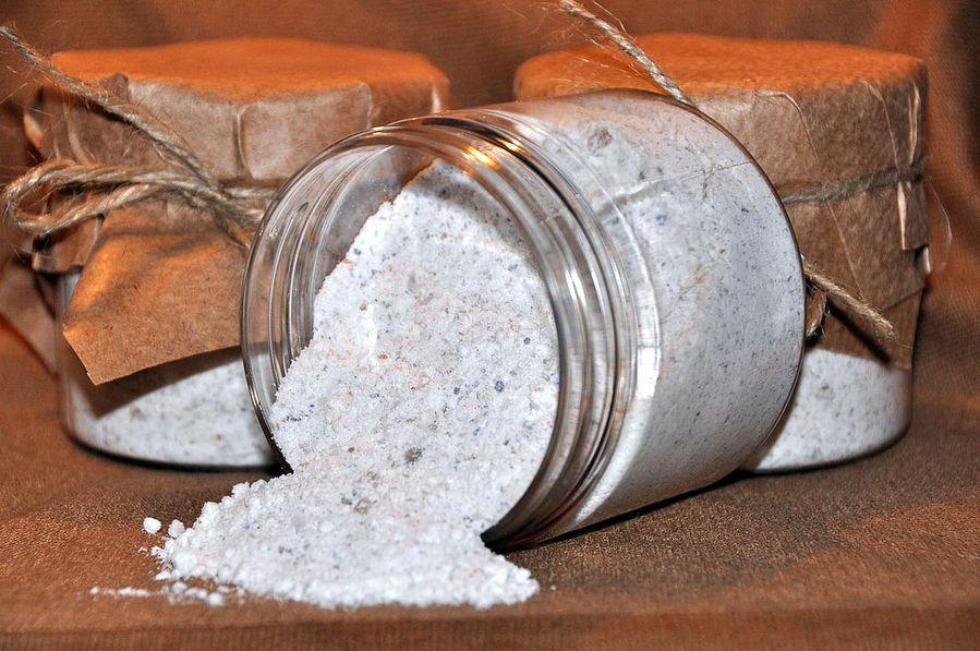 Как сыпать соль от сглаза