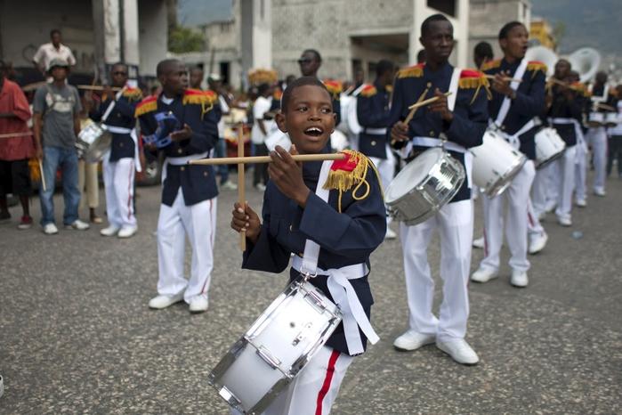 карнавал цветов на гаити фото 8 (700x466, 247Kb)