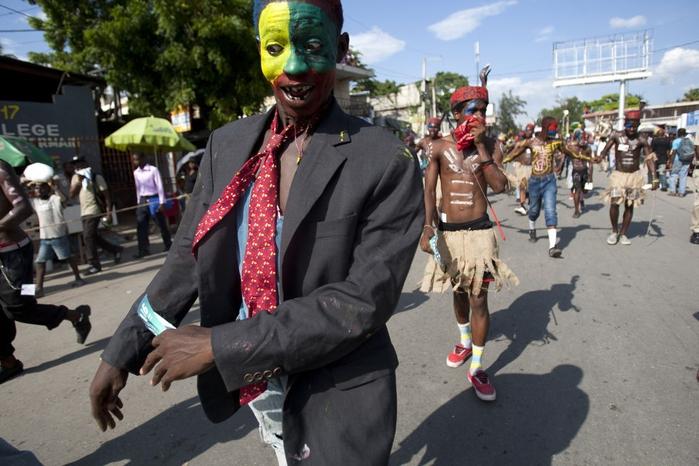 карнавал цветов на гаити фото 14 (700x466, 254Kb)