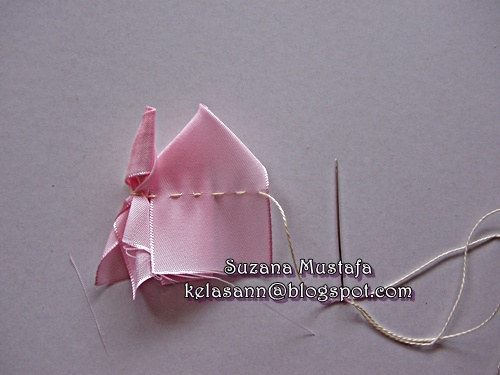 Объемная вышивка лентами. РОЗЫ. Фото мастер-класс (23) (500x375, 106Kb)
