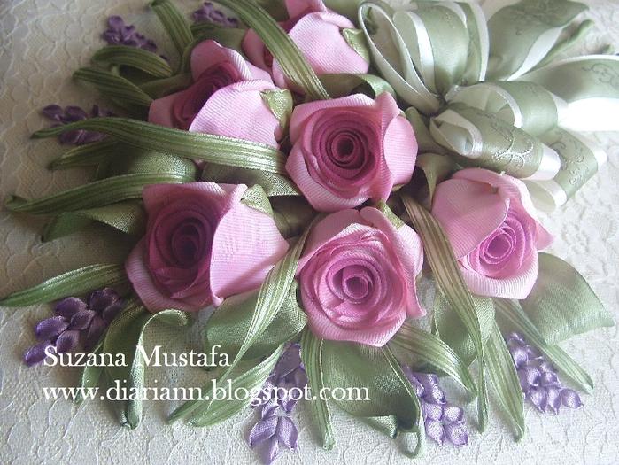 розы. объемная вышивка лентами (1) (700x525, 332Kb)