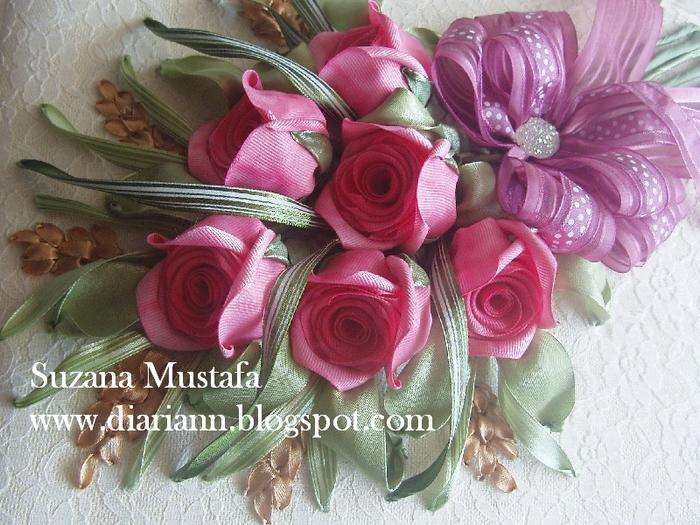 розы. объемная вышивка лентами (3) (700x525, 334Kb)