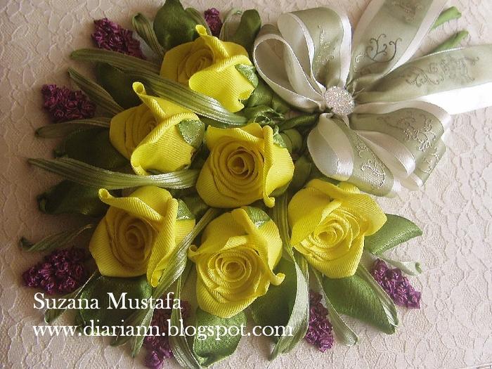 розы. объемная вышивка лентами (11) (700x525, 344Kb)
