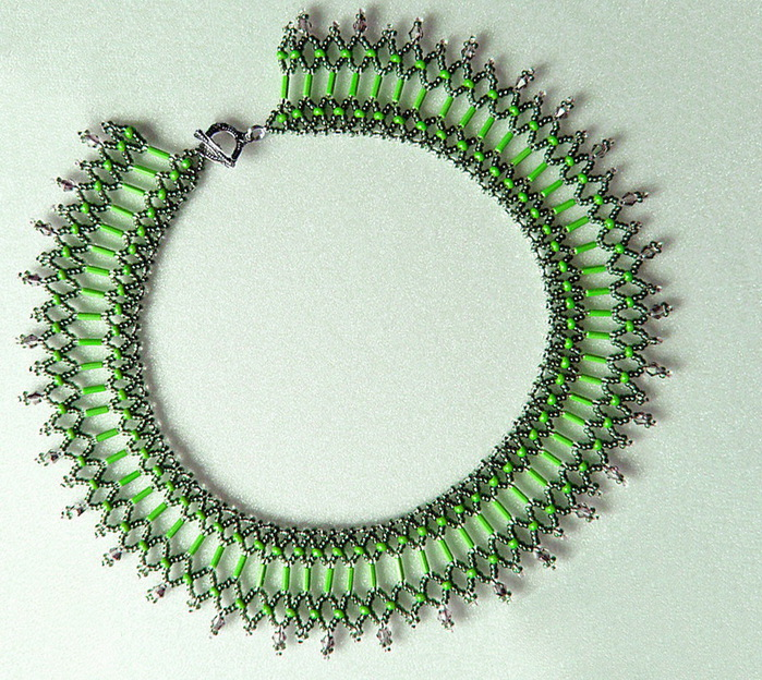free-beading-pattern-necklace-1 (700x624, 234Kb)