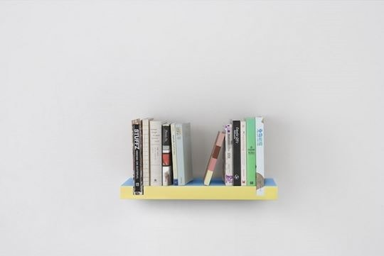 Minimal Bookshelf 02