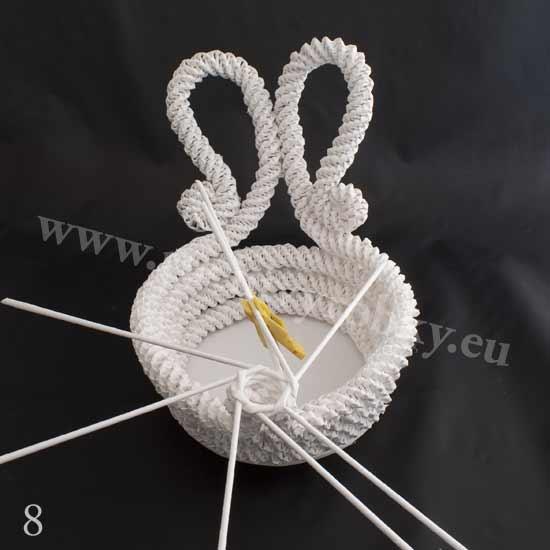 плетение из газет. белый лебедь (8) (550x550, 71Kb)