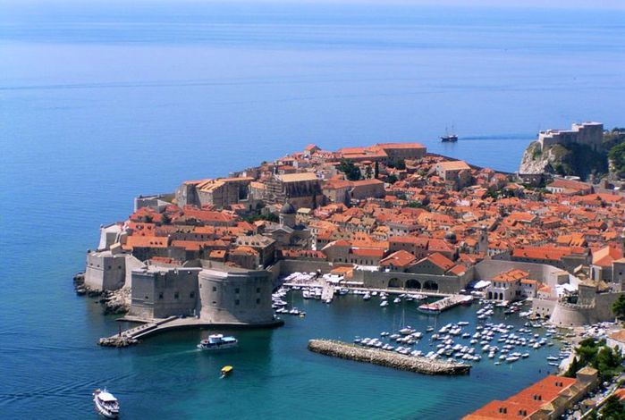 3085196_800pxOld_town_of_dubrovnik (700x470, 63Kb)