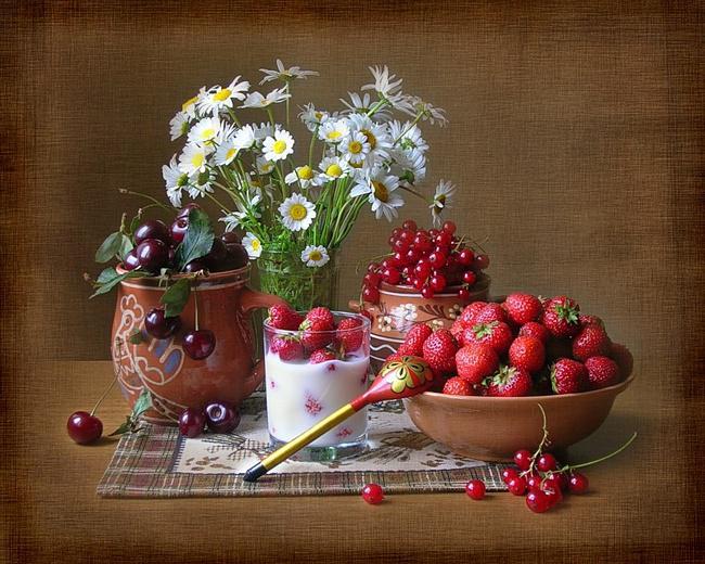 b7rGSzO5gD (800x520, 307Kb)Натюрморты с ягодами!