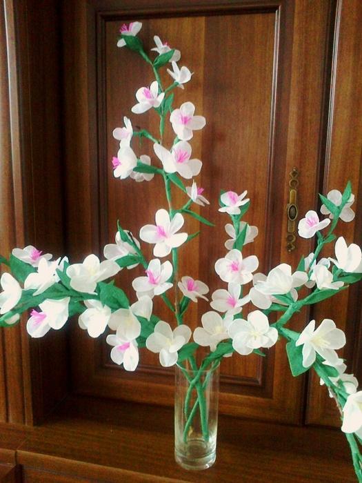 Цветы из гофрированной бумаги. Несколько мастер-классов (6) (525x700, 308Kb)