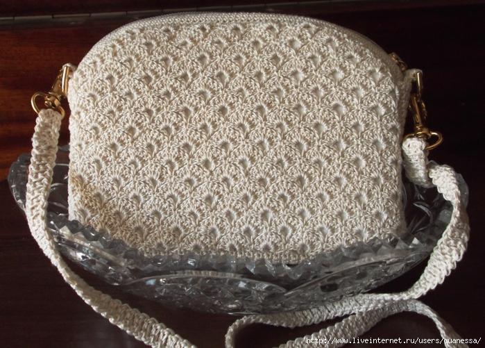 сумочка вид сзади (700x501, 337Kb)