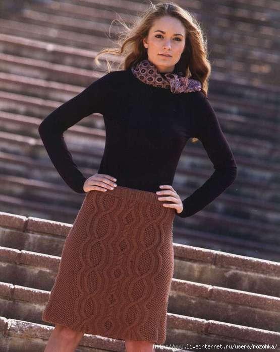 Вязаная спицами теплая юбка