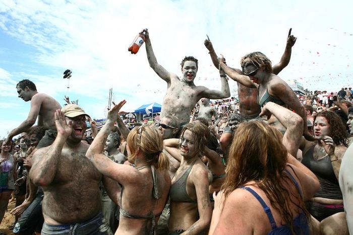 фестиваль морской грязи в южной корее фото 7 (700x467, 342Kb)