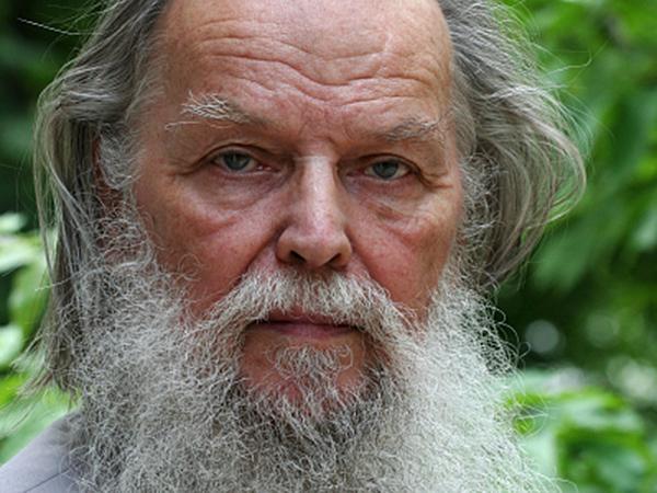 Псковский  священник Павел Адельгейм (600x450, 193Kb)