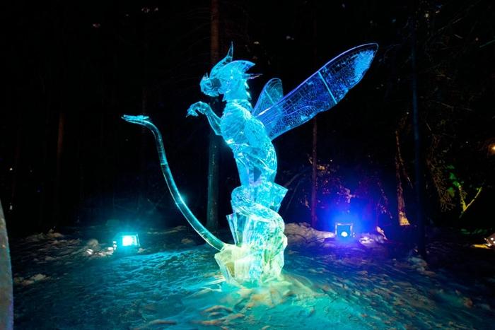 Ice Alaska. Скульптуры из цельного куска льда