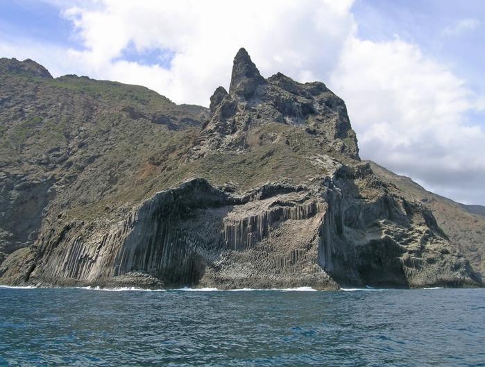 базальтовые скалы Los Organos фото 6 (700x529, 301Kb)