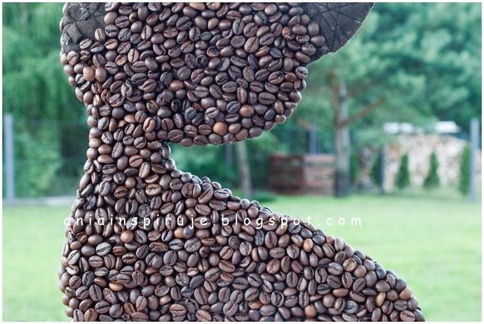 Gato de café con un jardín y valla) Composición decorativa para la cocina (18) (700x468, 263Kb)