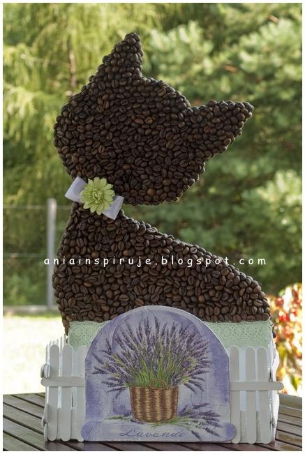 Gato de café con un jardín y valla) Composición decorativa para la cocina (32) (437x651, 214Kb)