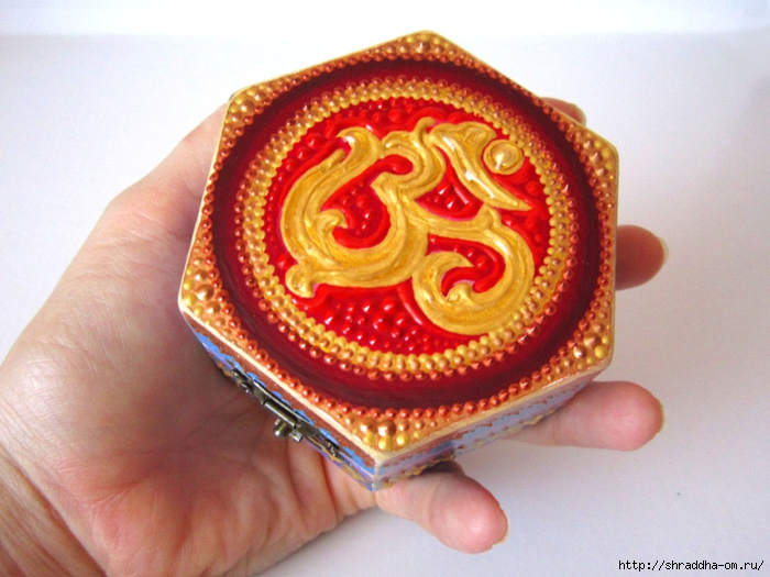 Шкатулка 6-гранная ОМ, автор Shraddha (1) (700x525, 276Kb)