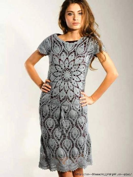 Платье, связанное по кругу