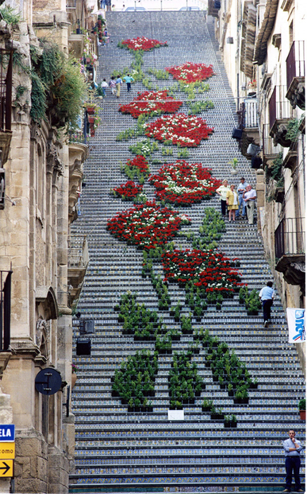 лестница Санта-Мария-дель-Монте сицилия 10 (435x700, 569Kb)