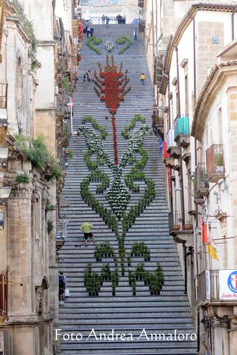 лестница Санта-Мария-дель-Монте сицилия 13 (466x700, 425Kb)