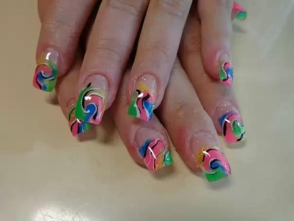 Фото нарощенных ногтей молодежные
