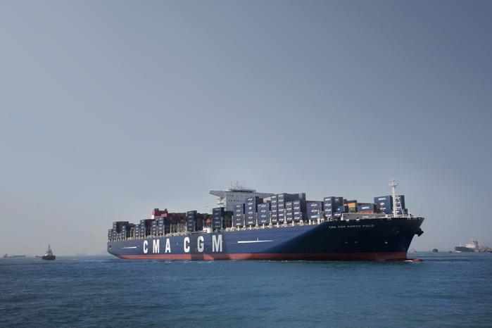 контейнеровоз CMA CGM Marco Polo фото 1 (700x466, 176Kb)