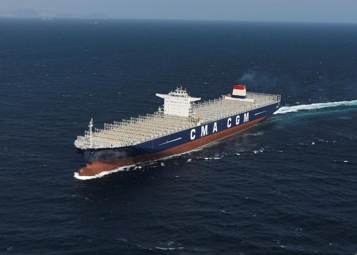 контейнеровоз CMA CGM Marco Polo фото 8 (700x500, 268Kb)