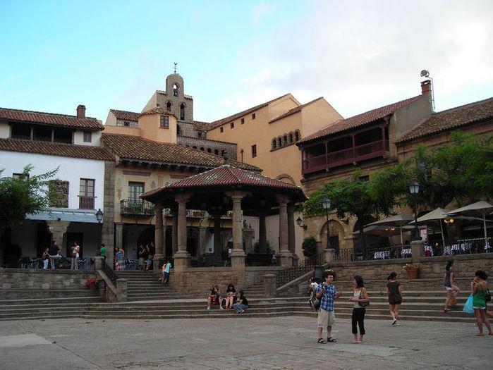 3270061244_750_el-poble-espanyol (700x525, 76Kb)
