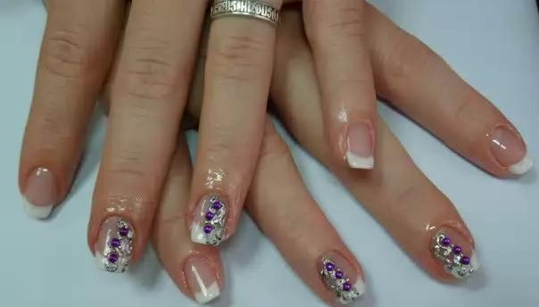 Покрасить ногти лаком фото