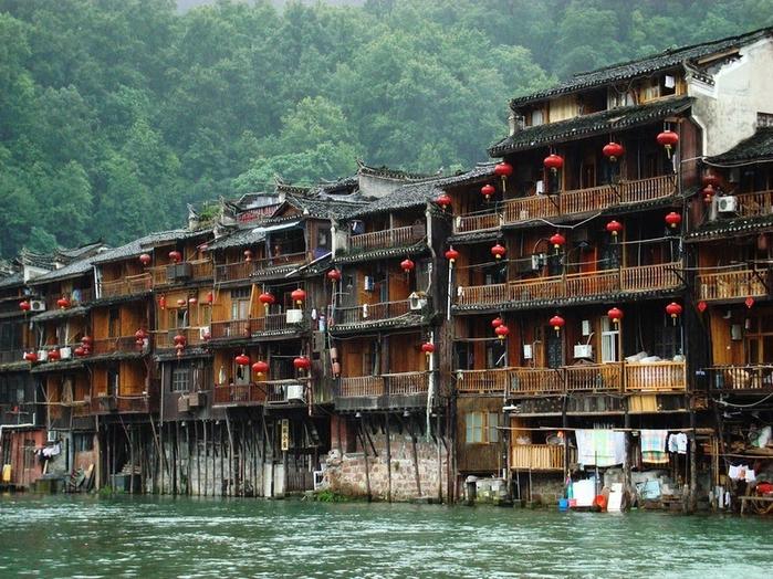 китайский город фэнхуан 6 (700x524, 498Kb)