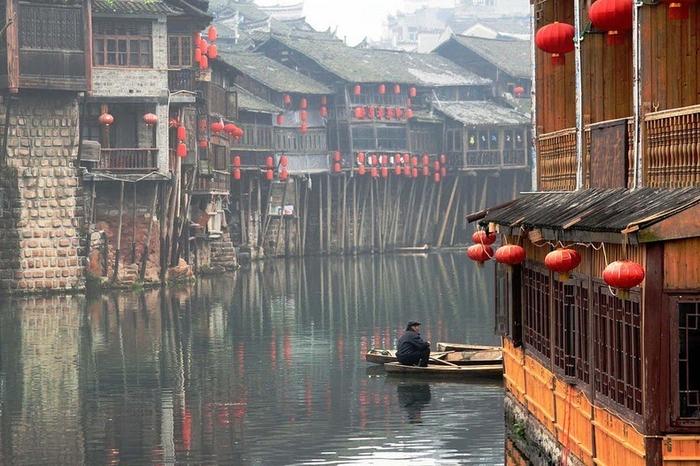 китайский город фэнхуан 13 (700x466, 405Kb)