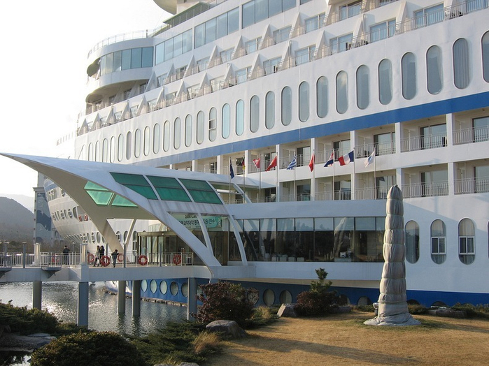 отель в южной корее Sun Cruise Resort & Yacht 1 (700x524, 385Kb)