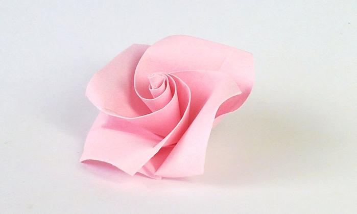 Простая роза-оригами, подходит
