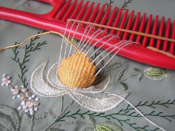 Объёмная вышивка гладью техника